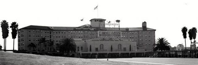 Los Angeles, Ambassador Hotel