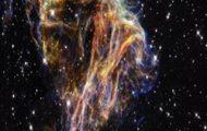 P. Adams-Az Univerzum szülöttei